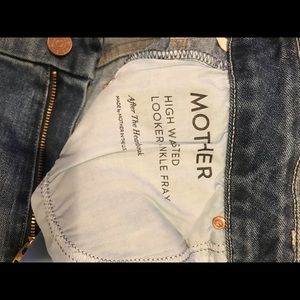 MOTHER Jeans - Mother High Waisted Looker Ankle Fray Jeans (27)